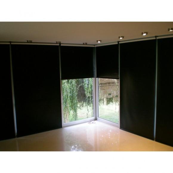 Como elegir el color de las cortinas black outcortinas for Cortinas en blanco