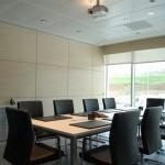 roller dual en sala de reunion